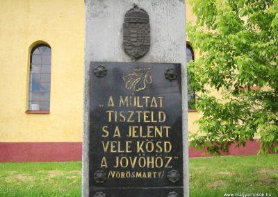 Tornabarakony világháborús emlékmű 2014.06.15. küldő-kalyhas (4)