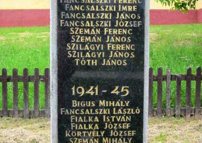 Tornabarakony világháborús emlékmű 2014.06.15. küldő-kalyhas (5)