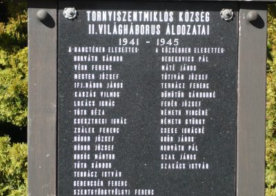 Tornyiszentmiklós II.vh emlékmű 2009.03.06.küldő-Sümec (2)
