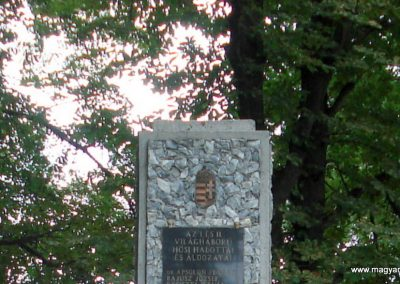 Tornyosnémeti hősi emlékmű 2012.07.19. küldő-megtorló (1)