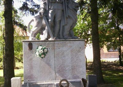 Tornyospálca világháborús emlékmű 2014.05.28. küldő-Eszterhai Zsuzsa (8)