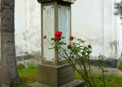 Torockó világháborús emlékmű 2011.06.19. küldő-Sümec (13)