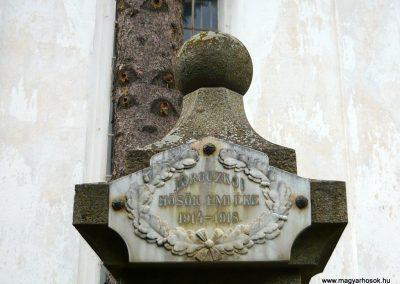 Torockó világháborús emlékmű 2011.06.19. küldő-Sümec (2)