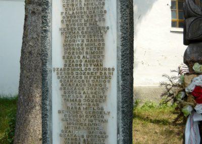Torockószentgyörgy világháborús emlékmű 2011.06.19. küldő-Sümec (3)