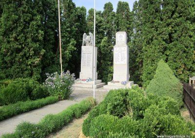 Torvaj világháborús emlékművek 2013.08.23. küldő-kalyhas (1)