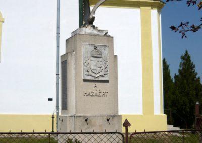 Tuzsér világháborús emlékmű 2010.04.24. küldő-Ágca (7)