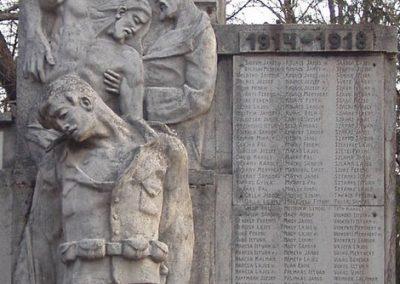 Udvard világháborús emlékmű 2010.03.10. küldő-Felvidéki betyár (2)