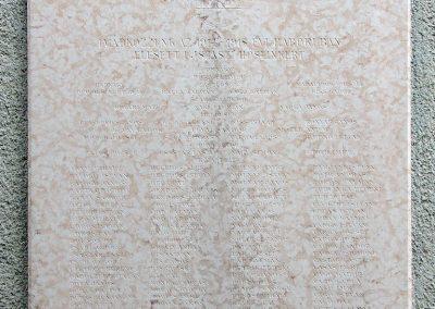 Ujszász I.vh emléktábla a rk.templom falán 2006.05.24. küldő-Pfaff László,Rétság