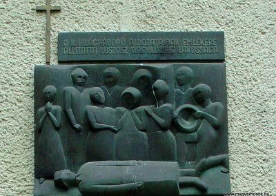 Ujszász II.vh emlékmű 2006.05.24. küldő-Pfaff László,Rétság (1)