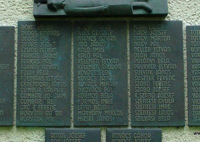 Ujszász II.vh emlékmű 2006.05.24. küldő-Pfaff László,Rétság (2)