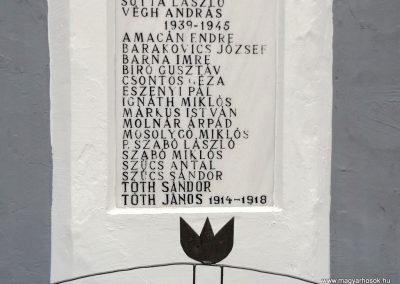 Ura világháborús emlékmű 2014.11.22. küldő-kalyhas (5)