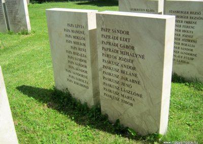 Vác II. világháborús emlékmű 2014.07.19. küldő-Emese (19)