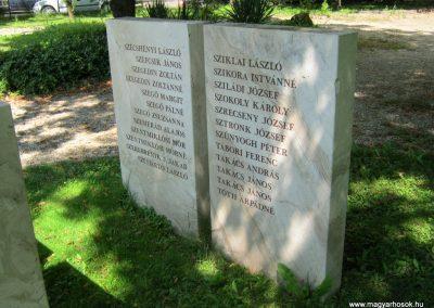 Vác II. világháborús emlékmű 2014.07.19. küldő-Emese (26)