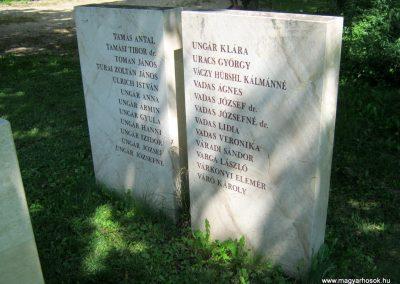 Vác II. világháborús emlékmű 2014.07.19. küldő-Emese (27)