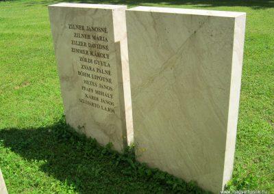 Vác II. világháborús emlékmű 2014.07.19. küldő-Emese (30)