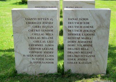 Vác II. világháborús emlékmű 2014.07.19. küldő-Emese (4)