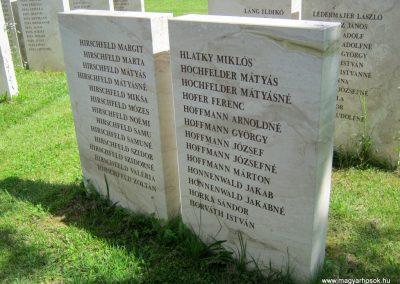 Vác II. világháborús emlékmű 2014.07.19. küldő-Emese (9)