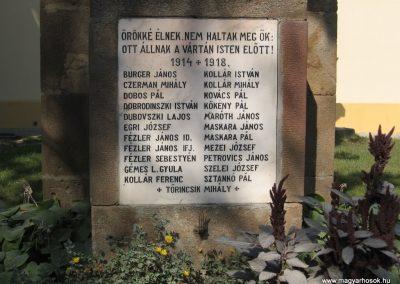 Vácduka világháborús emlékmű 2009.09.28. küldő-kalyhas (2)