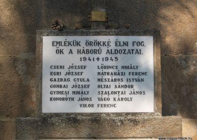 Vácduka világháborús emlékmű 2009.09.28. küldő-kalyhas (3)