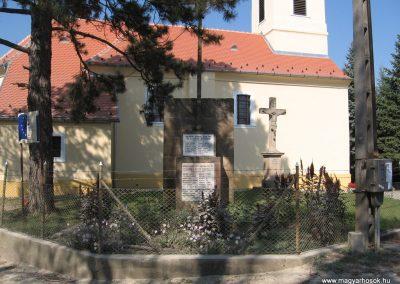 Vácduka világháborús emlékmű 2009.09.28. küldő-kalyhas
