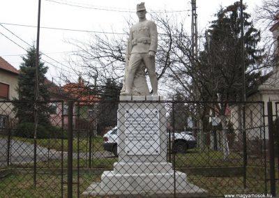 Vácegres világháborús emlékmű 2009.02.10. küldő-kalyhas (1)