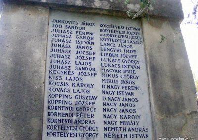 Vál I.világháborús emlékmű 2012.06.23. küldő-Méri (4)