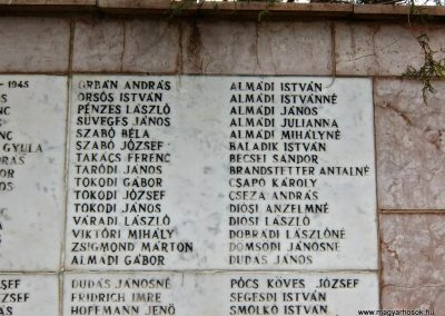Vál II. világháborús emlékmű 2015.04.06. küldő-Méri (3)