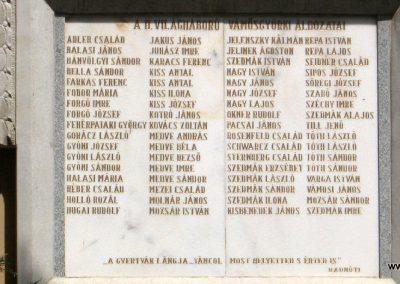 Vámosgyörk világháborús emléktáblák 2008.05.26. küldő-kalyhas (6)