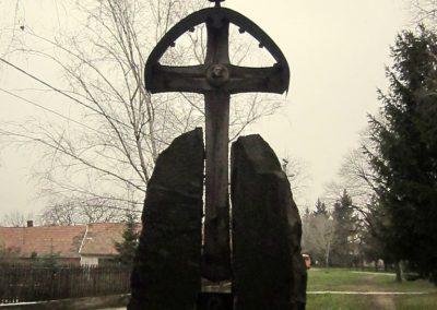 Vámosmikola világháborús emlékmű 2013.03.18. küldő-kalyhas (2)