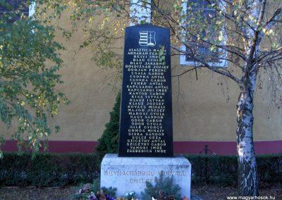 Vámosszabadi II.Vh.emlékmű 2006.11.07. Küldő-Hege