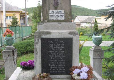Váraszó világháborús emlékmű 2008.04.22. küldő-kalyhas (6)
