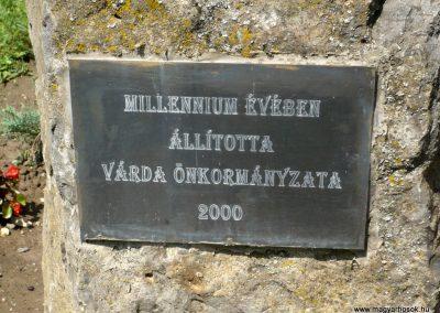Várda hősi emlékmű 2010.08.04. küldő-Sümec (3)