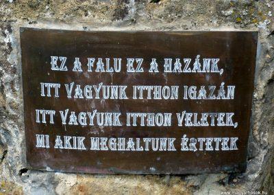 Várda hősi emlékmű 2010.08.04. küldő-Sümec (6)