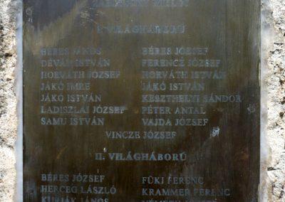 Várda hősi emlékmű 2010.08.04. küldő-Sümec (9)