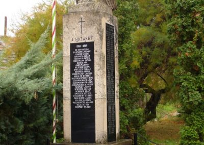 Várdomb világháborús emlékmű 2007.10.22.külő-Horváth Zsolt