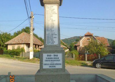 Várfalva világháborús emlékmű 2017.08.16. küldő-Fehér Mónika (3)