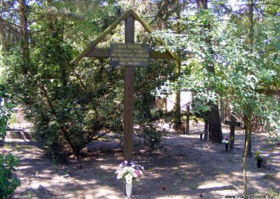Várgesztesi temető, II. világháborús