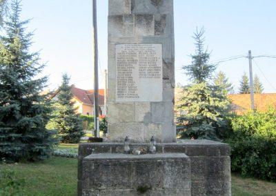 Városlőd világháborús emlékmű 2013.08.17. küldő-kalyhas (3)
