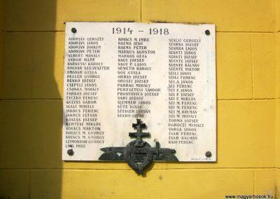 Várvölgy I. világháborús emlékmű 2014.04.13. küldő-Sümegi Andrea (3)