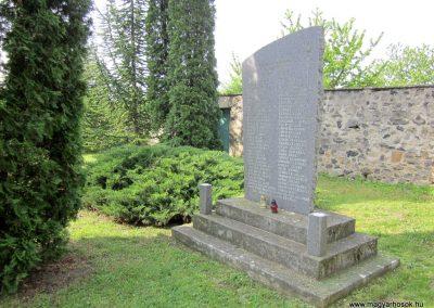Várvölgy II. világháborús emlékmű 2014.04.13. küldő-Sümegi Andrea (5)