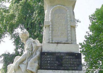 Vásárosdombó világháborús emlékmű 2011.06.12. küldő-Bagoly András (10)