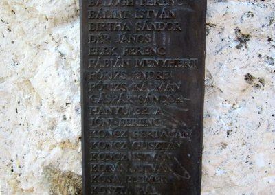 Vásárosnamény II. világháborús emlékmű 2014.02.24. küldő-kalyhas (11)