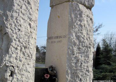 Vásárosnamény II. világháborús emlékmű 2014.02.24. küldő-kalyhas (17)