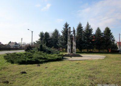 Vásárosnamény II. világháborús emlékmű 2014.02.24. küldő-kalyhas