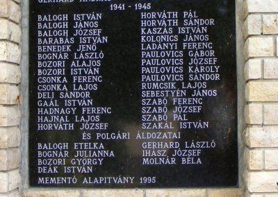 Vérteskehely világháborús emlékmű 2012.08.13. küldő-Méri (3)