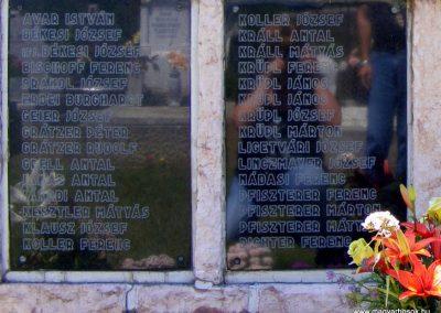 Vértessomló II.világháborús emlékmű 2012.06.16. küldő-Méri (2)
