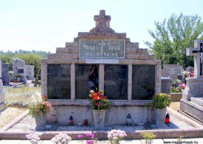 Vértessomló II. világháborús emlékmű
