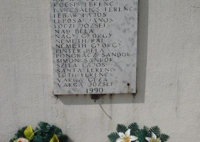 Vése világháborús emlékmű 2009.04.21.küldő-Sümec (10)