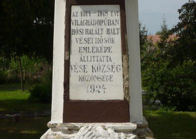Vése világháborús emlékmű 2009.04.21.küldő-Sümec (4)