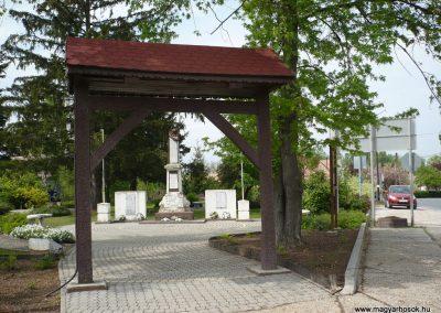 Vése világháborús emlékmű 2009.04.21.küldő-Sümec